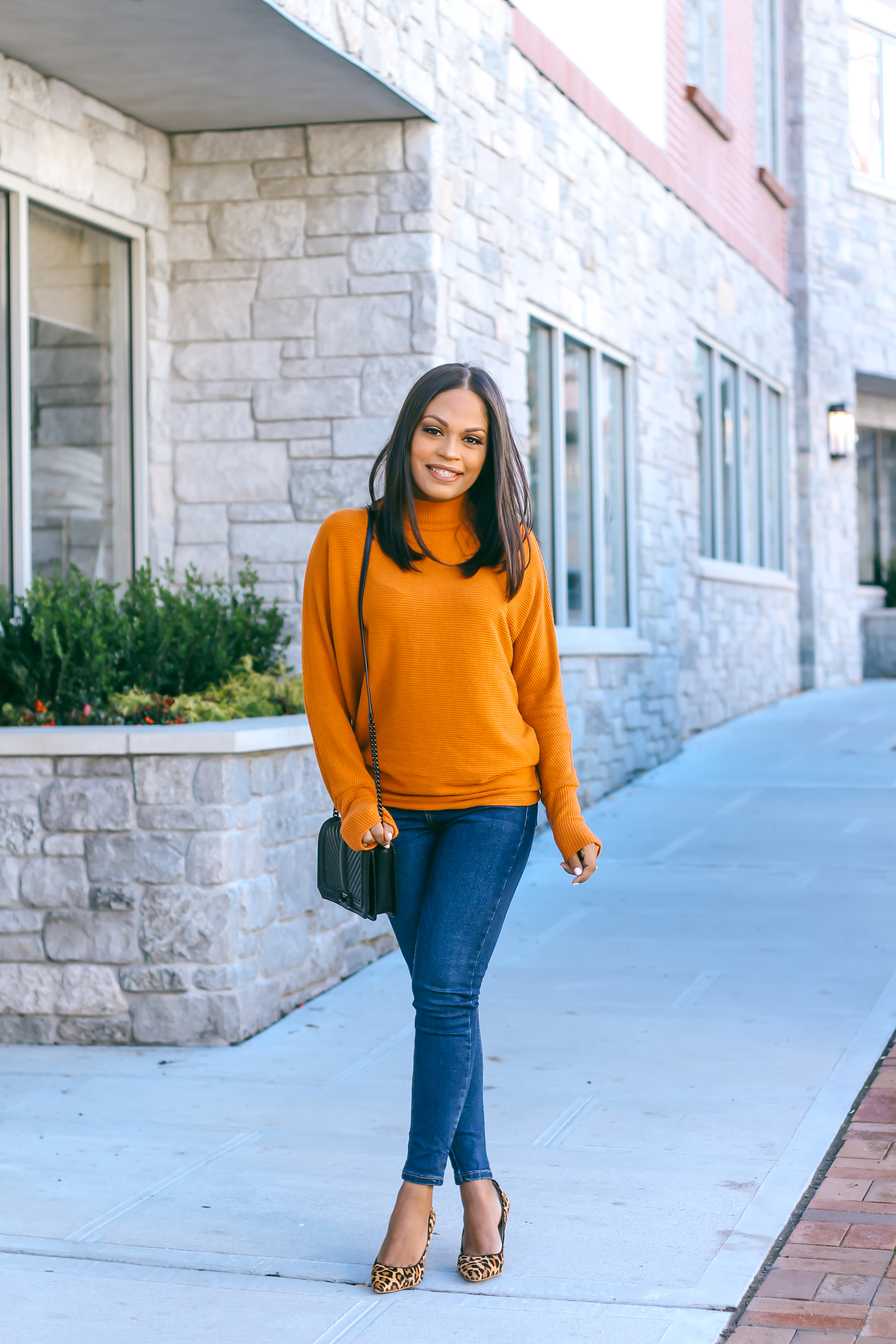 Petite Women styling Thanksgiving outfits